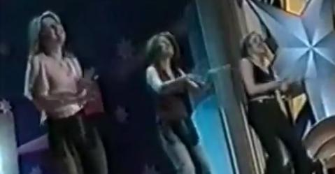 Firea, Stoiceasca și Simona Gherghe cântă cu capul în găleată