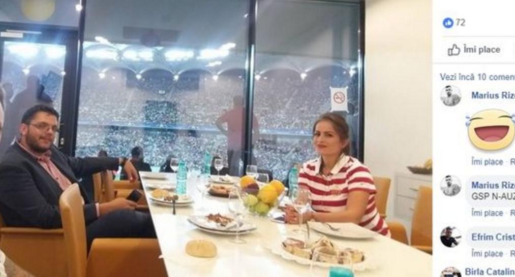 Fiul Vioricăi în loja VIP de la Arena Națională, unde nu se cere cravată la cămașă. Și nici trening de nuntă