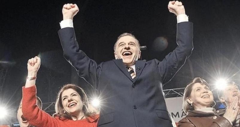 Alertă! În noaptea asta, Mircea Geoană e din nou președinte!