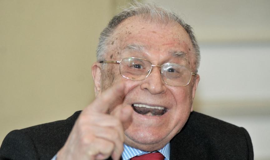 """Ion Iliescu: """"De ce să învii când e mai simplu să nu mori niciodată?"""""""