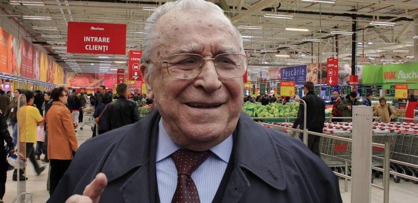 Iliescu a întrebat lasupermarket dacă poate să dea şi probă de urină, că abia se mai ține!
