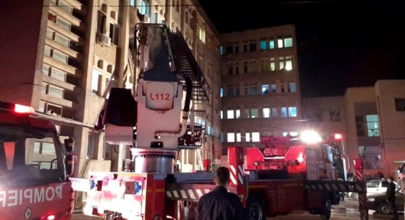 10 pacienți morți la Piatra Neamț în incendiul de la Terapie Intensivă. O să ajungem să închidem şi spitalele ca să salvăm nişte vieți!