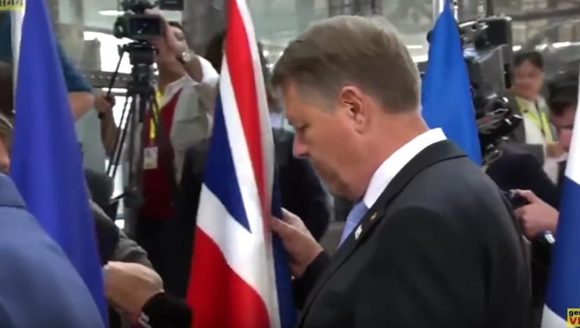 Bravo lui Iohannis că le-a dat englezilor steagul afară din UE. Păcat că n-a fost cu intenție