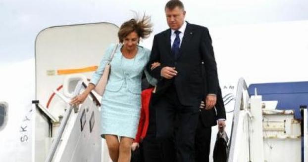 Iohannis, întors forțat din concediu: a fost dat afară din hotel că făcea prea multă liniște