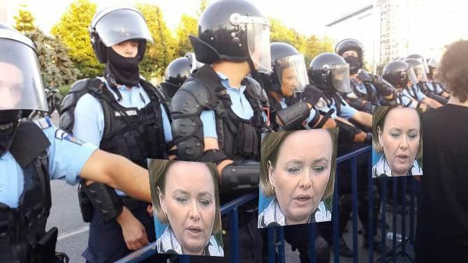 Din ce în ce mai agresivi: jandarmii vor folosi poze cu Carmen Dan pentru a dispersa mulțimile!