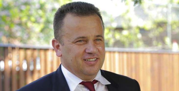 44% dintre români sunt analfabeți funcțional şi voi vreți să dispară PSD-ul? Liviu Pop preşedinte!