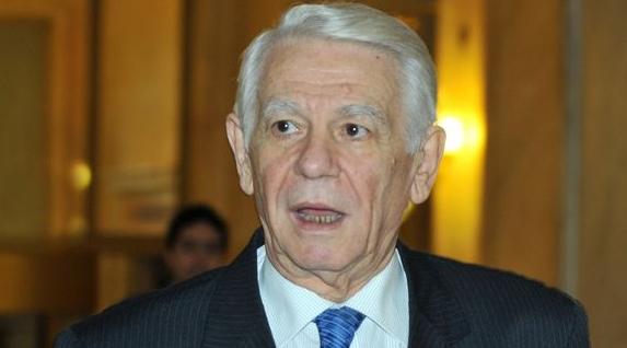 Moș Meleșcanu de la alianța PSD-ALDE-KGB. Îl caută bășinile pe acasă și el stă la conducerea Parlamentului!