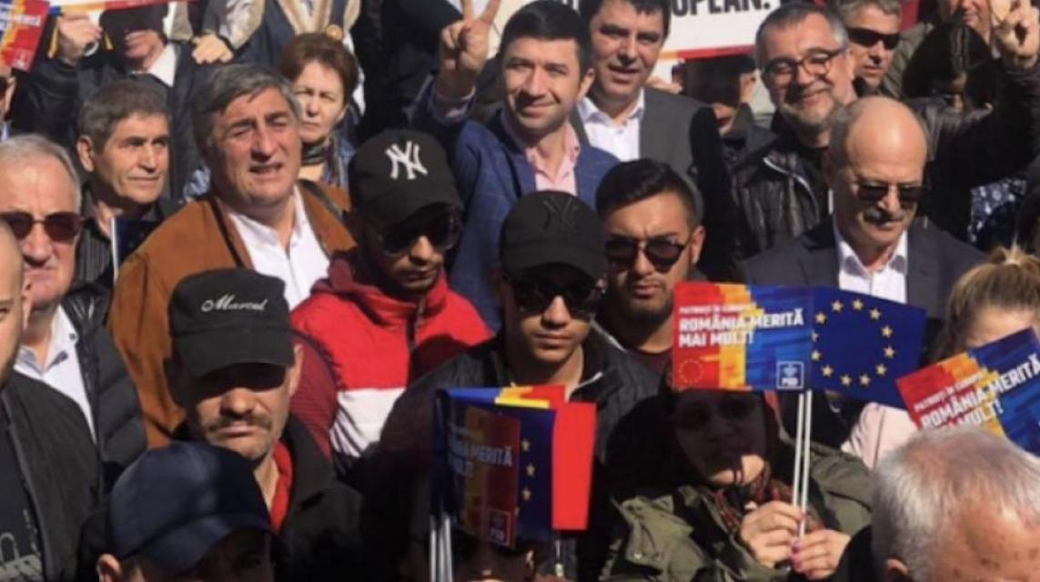 La mitingurile PSD sunt mai mulți protestatari decât PSD-iști (la PSD-iști includem și jandarmii)