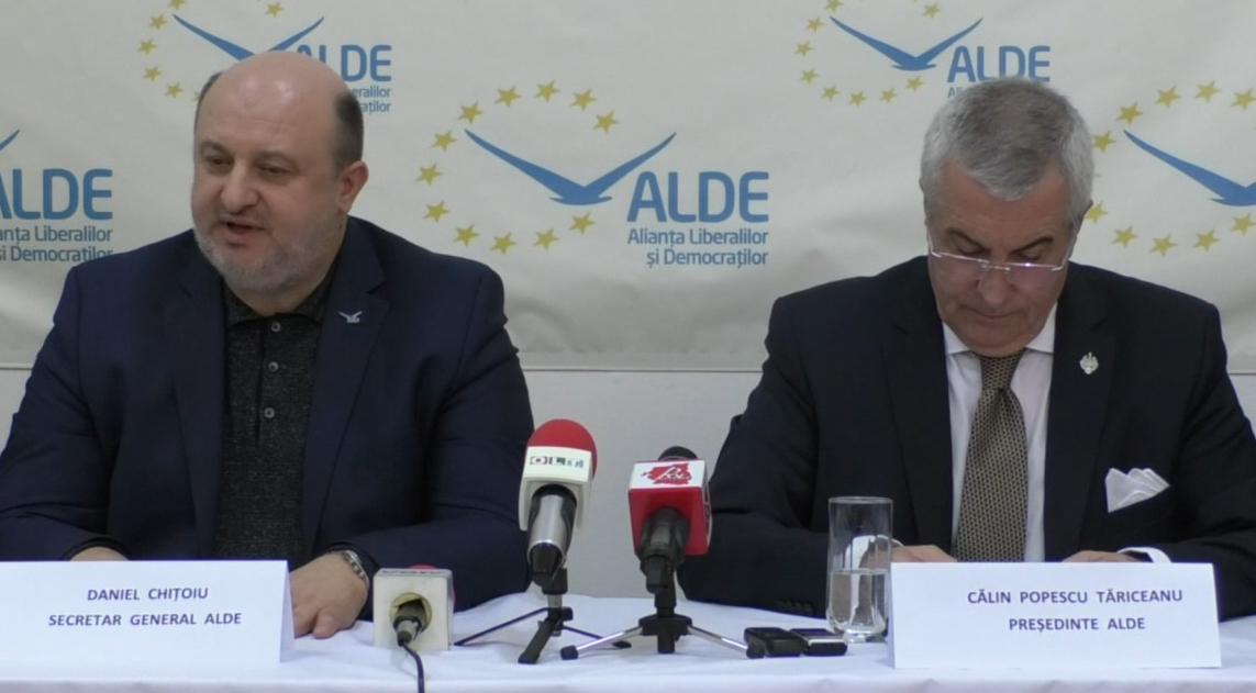 """Neînțelegeri între """"liberalii"""" din ALDE: unii vor cu comuniştii din PSD, alții cu comuniştii din ProRomânia!"""