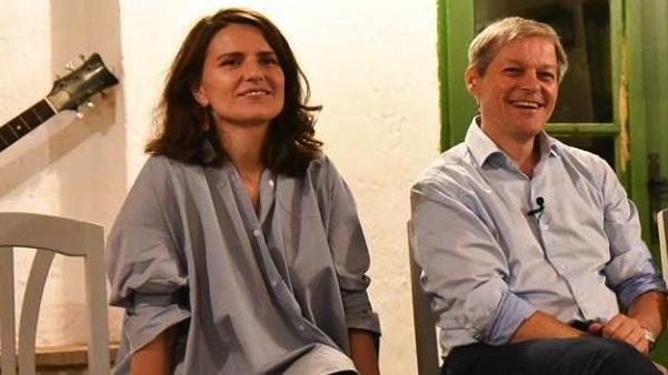 Oana Bogdan, PLUS: S-a înțeles greșit! Susțin monogamia, dar în grup!