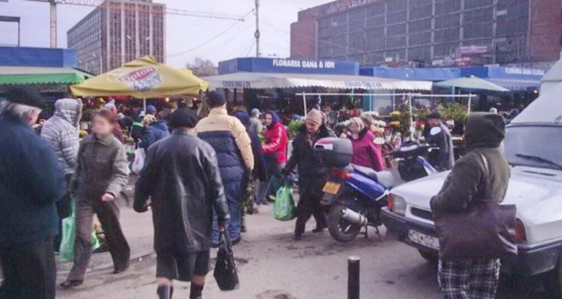 Cel mai dramatic bilanț de la începutul pandemiei: 70 de pensionari muşcați de miei în Piața Obor!