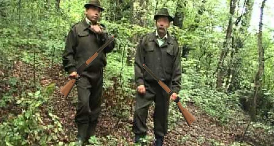 Pădurarii vor patrula câte 2, ca să se poată împuşca unul pe celălaltcând prind hoți cu rude în procuratură!