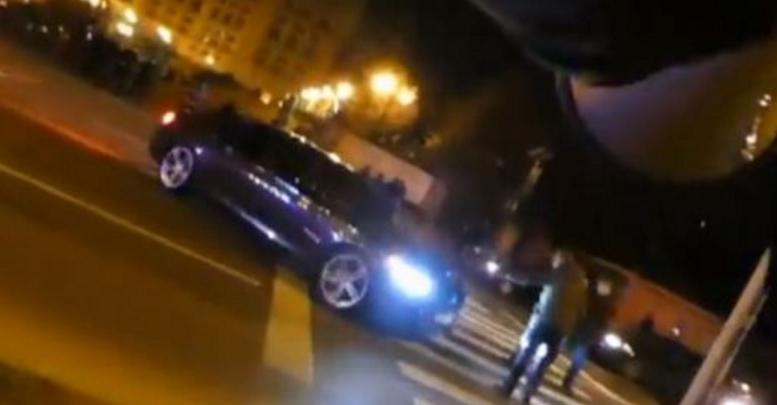 Parlamentarii PSD au trecut la terorism: intră cu mașina în cetățeni!