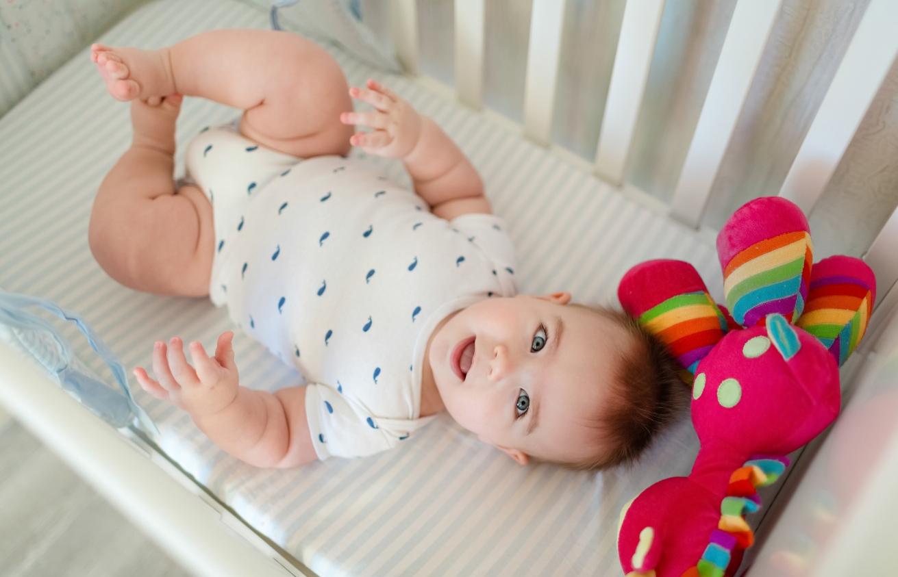 6 lucruri la care sa fii atent atunci cand cumperi un patut pentru bebe