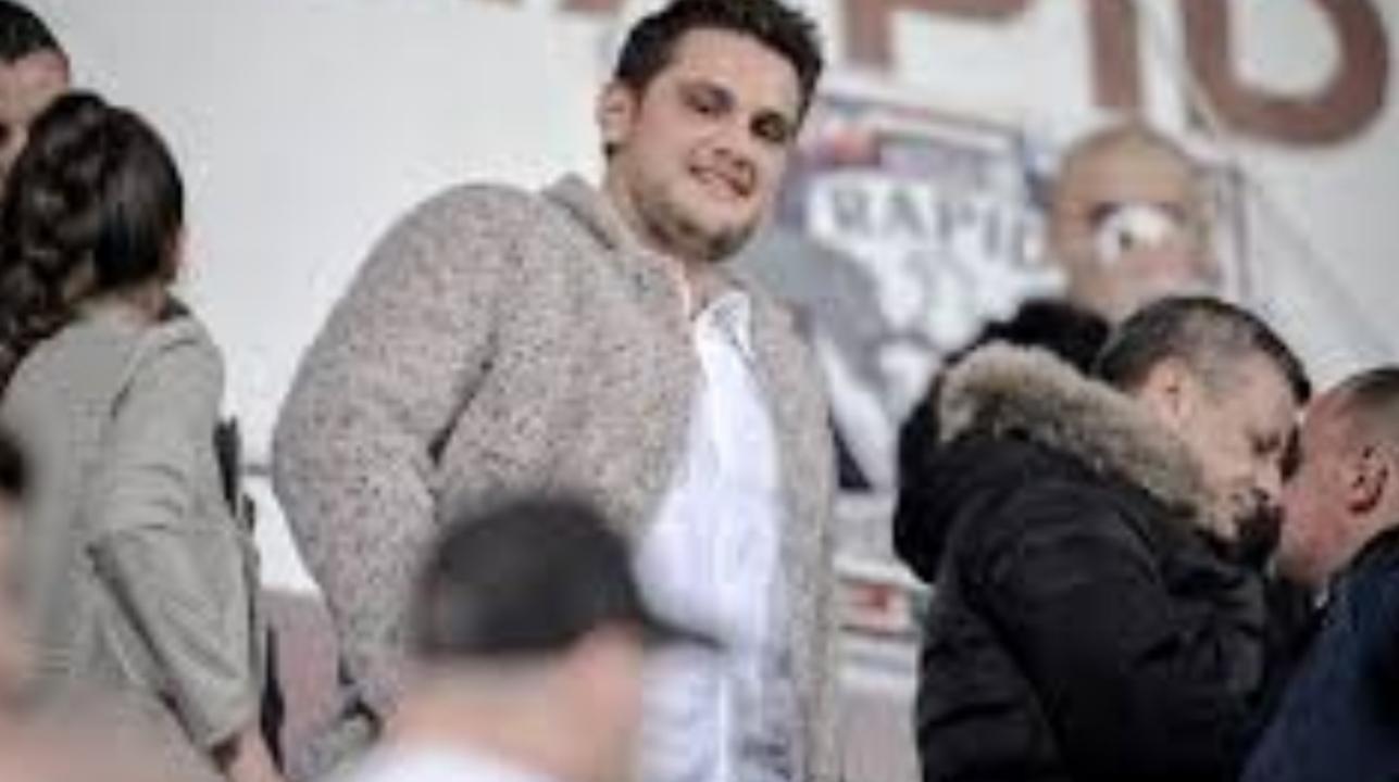 Valentin Dragnea, tu ești patron de echipă de fotbal pe banii furați de tac-tu de la copii!