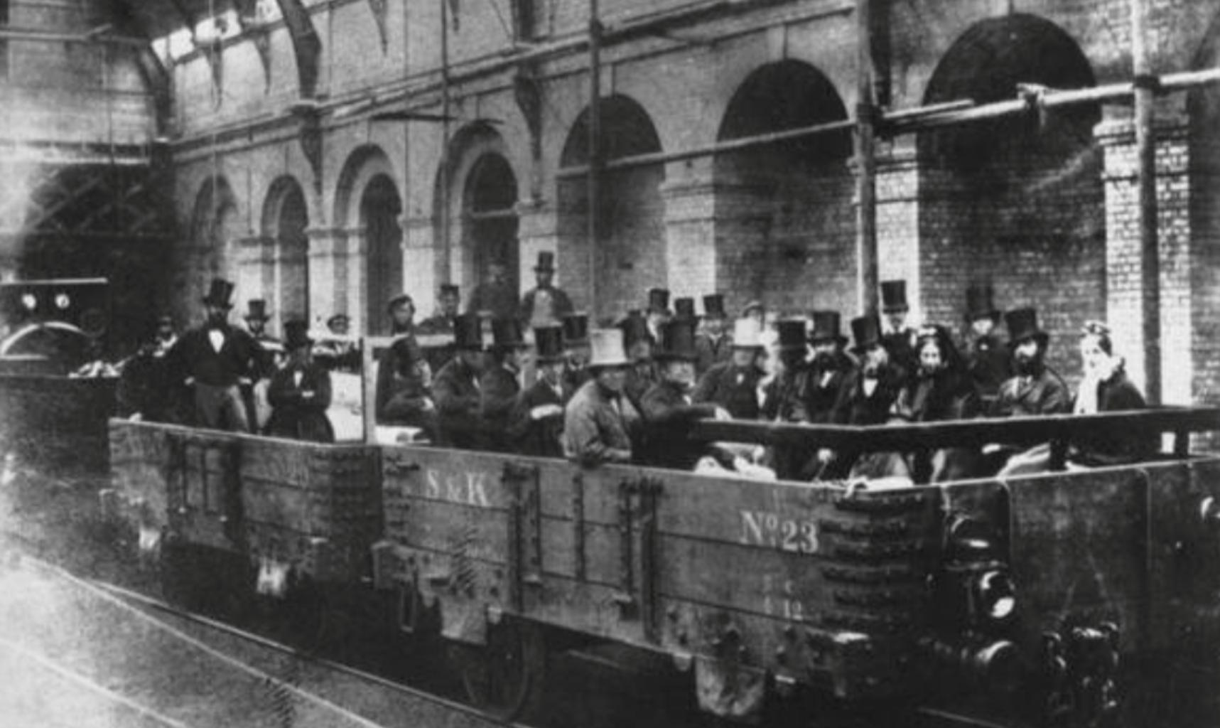 La Londra s-a făcut primul metrou acum 160 de ani, în 3 ani. În Drumul Taberei așteptăm de 10 ani să vină mileniul 2, peron pe partea dreaptă