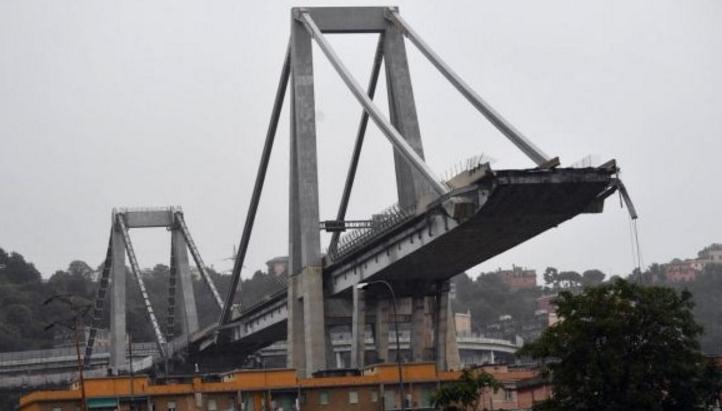 În Italia s-a prăbușit un pod de pe o autostradă. Tot mai sigur e la noi, că nu avem nici poduri, nici autostrăzi!