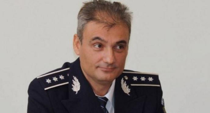 Polițiștilor din Caracal li s-a spus să dea fetele în urmărire prinInterpol, dar ei au înțeles Interlop!