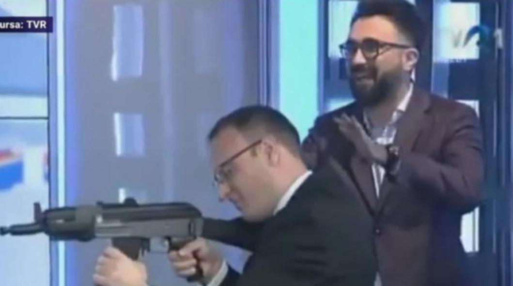 Vă dați seama că pe Cumpănașu l-ar bate și Mircea Badea?