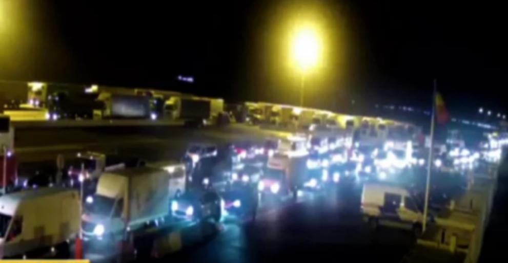 Dacă tot s-au întors atâția români în țară, nu ar putea sa ne facă și nouă niște autostrăzi până pleacă?