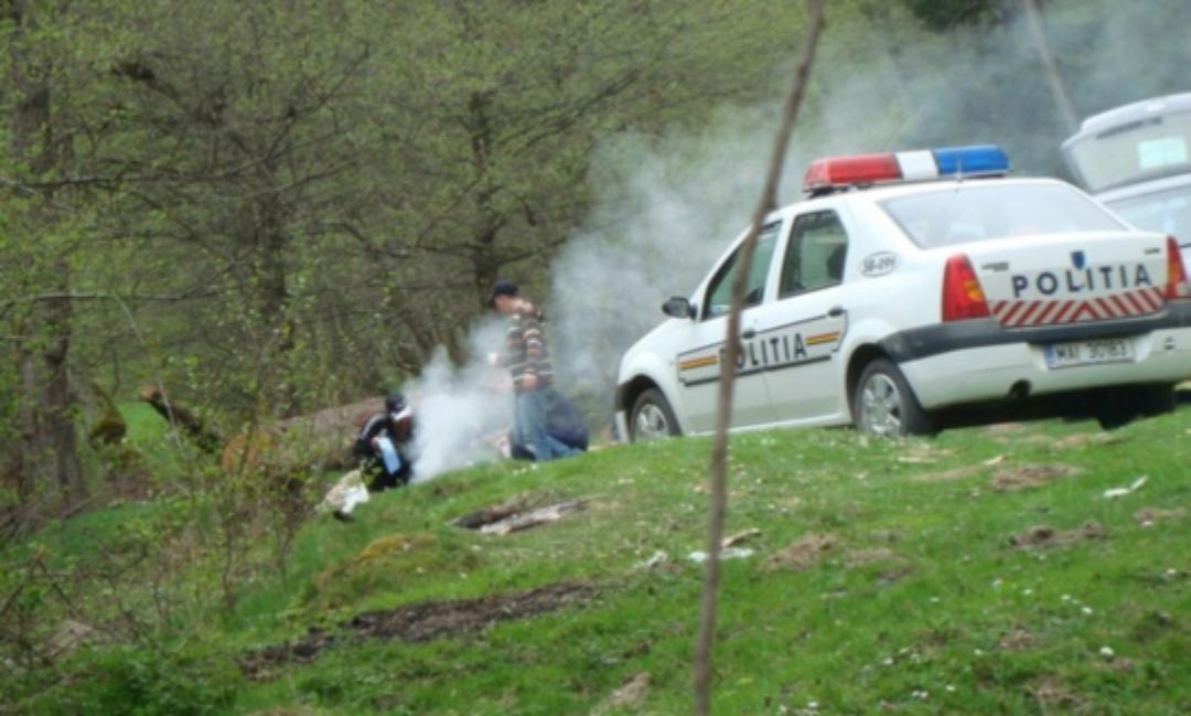 """Poliția lămurește ce înseamnă când vedem fum alb ieșind din grătar: """"Habemus amenda!"""""""