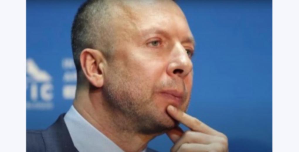 Miliardar rus sinucis cu 3 gloanțe în cap după ce nu a nimerit fereastra!