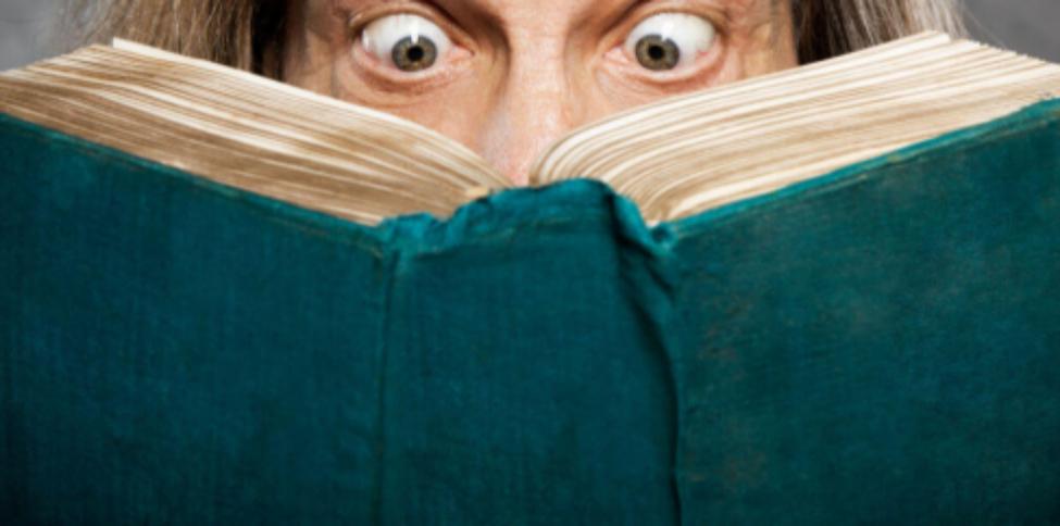 Tot mai mulți cetățeni cipați fără voia lor descoperă îngroziți că acum pot citi și socoti!