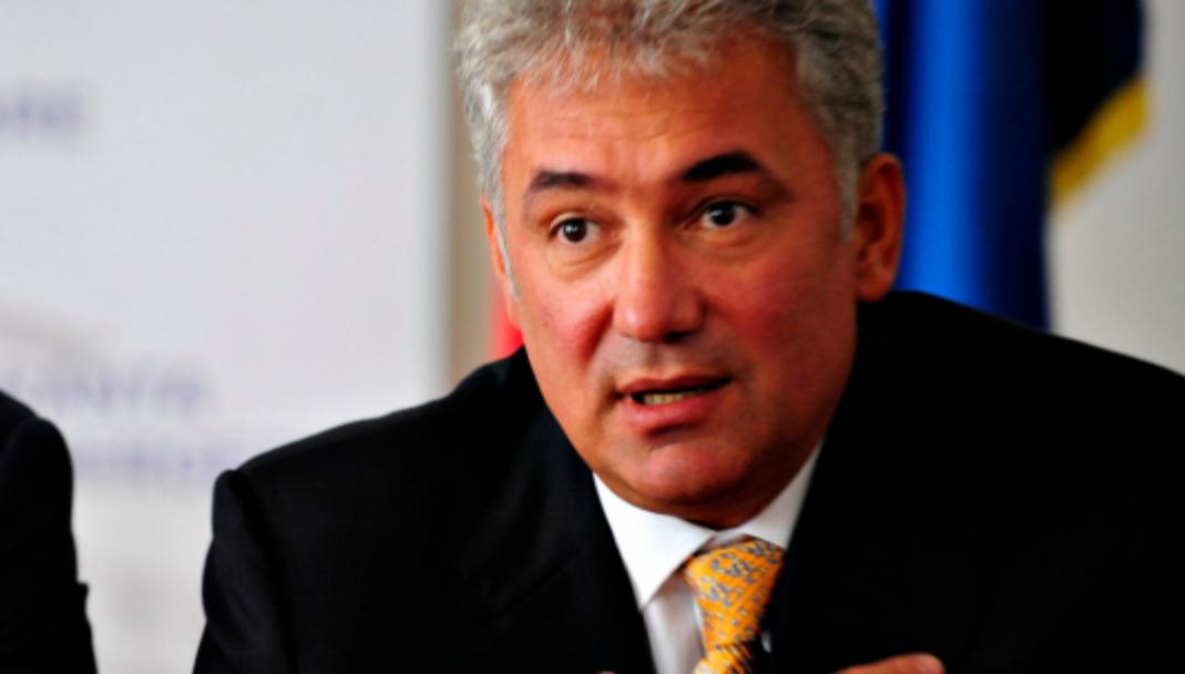 """Videanu anunță că va candida și el la Primăria Capitalei: """"Mi-au mai rămas niște borduri din 2008!"""""""