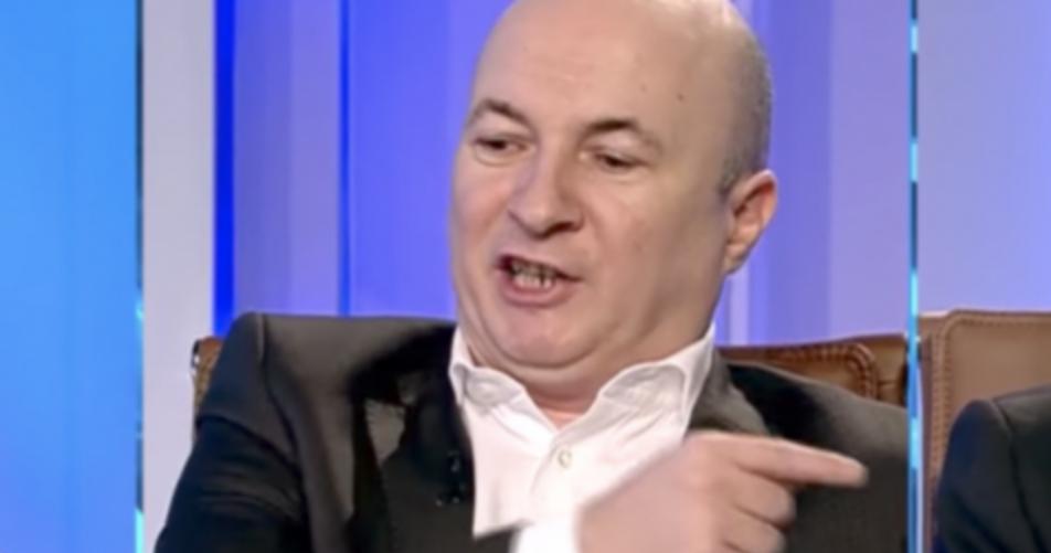 """Codrin Ștefănescu se plânge că nu mai e primit la Antena3: """"Au uitat când mă pupau și mă mângâiau pe cap ca pe câinele lui Harry!"""""""