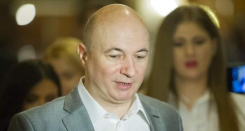 """Codrin Ştefănescu: """"Am fost să-l văd pe Dragnea! O duce rău cu sănătatea, doctorii îi mai dau cel mult 10 ani, iar procurorii minim 20!"""""""