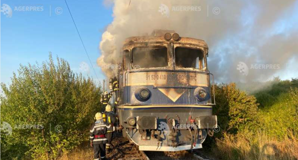 De vină că iau foc locomotivele sunt mecanicii care gonesc cu 30 pe oră ca să ajungă la destinații, de parcă nu mai e și mâine o zi!