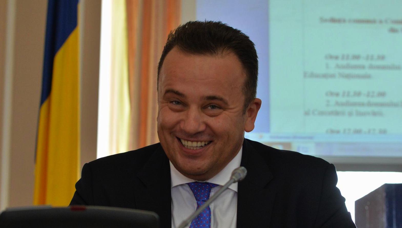 """Liviu Genunche Pop, fost ministru al Educației: """"Uni dintre elevi citește, dar nu înțelege, iar alți înțelege, dar nu citește!"""""""