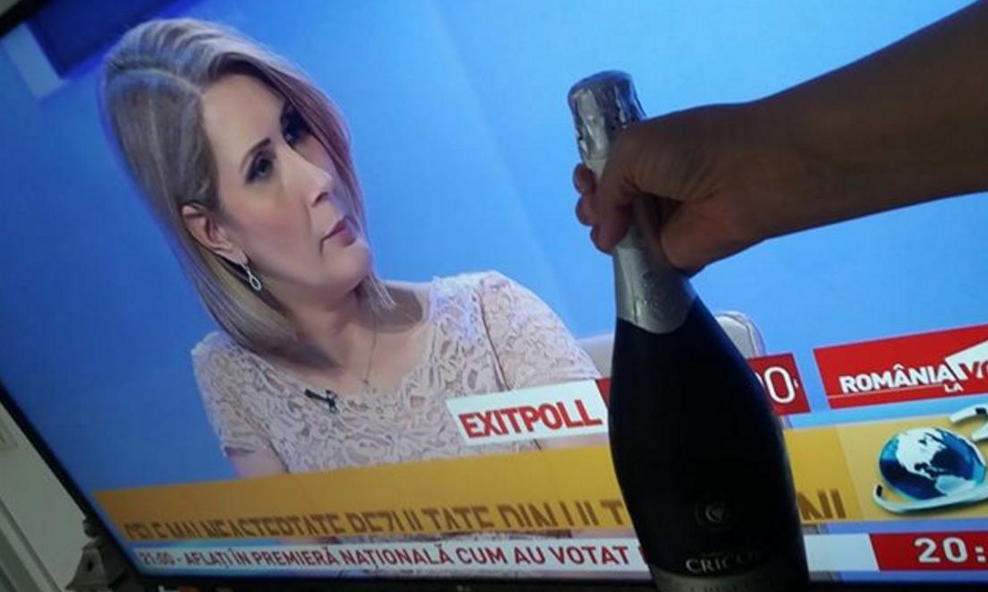Exit Poll ora 21: S-a triplat prețul șampaniei!