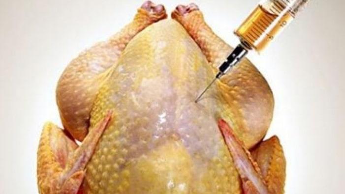 Fiindcă sunt plini de antibiotice, puii de la supermarket se vor da doar pe rețetă!
