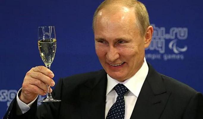 Astăzi e ziua Europei. Pentru că nu prea știe ce să-i ia, Putin îi va lua Lituania