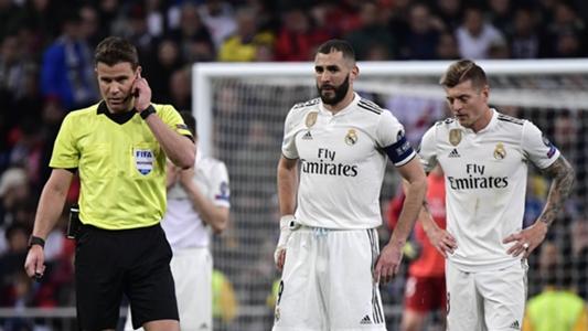 Măsuri dramatice după înfrângerea cu Ajax: Real Madrid transferă 2 arbitri în atac și 4 în apărare!