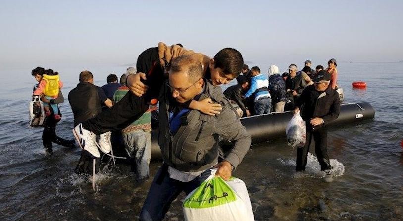 Hotelierii de pe litoral cer expulzarea românilor veniți în extrasezon și păstrarea refugiaților, că par mai înstăriți!