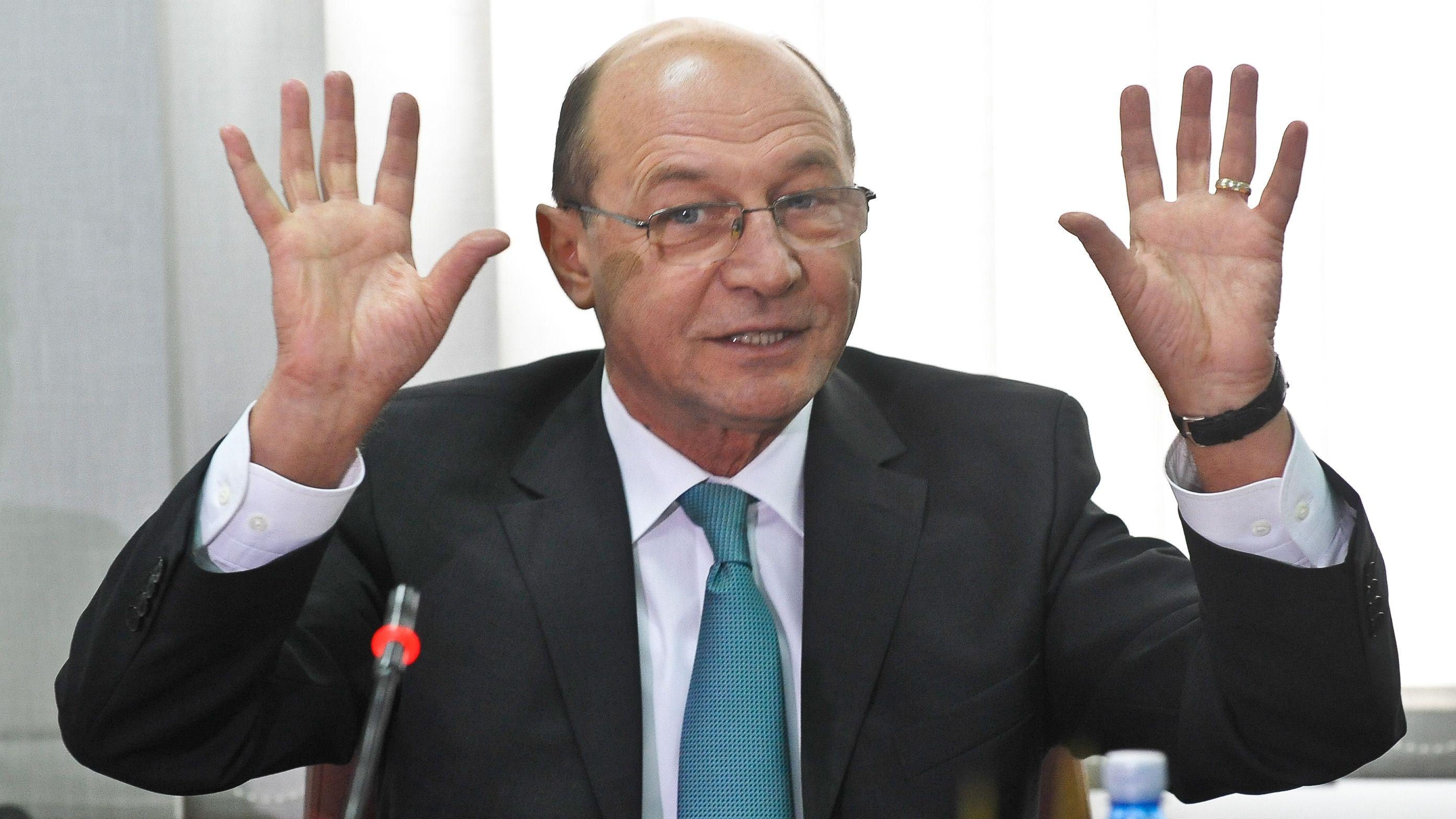 Exclusiv: Pe 2 aprilie, CSM i-a tras-o lui Băsescu