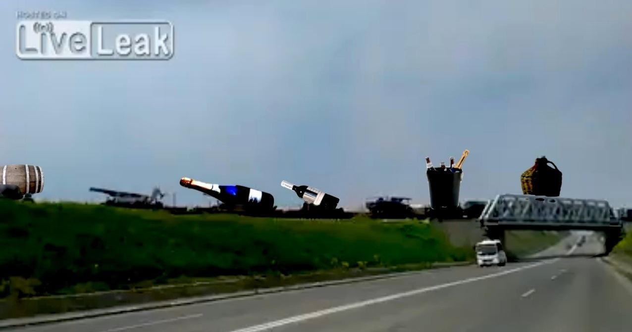 Băsescu și Rogozin, știți ceva de asta? Încă un convoi militar fotografiat lângă Constanța!