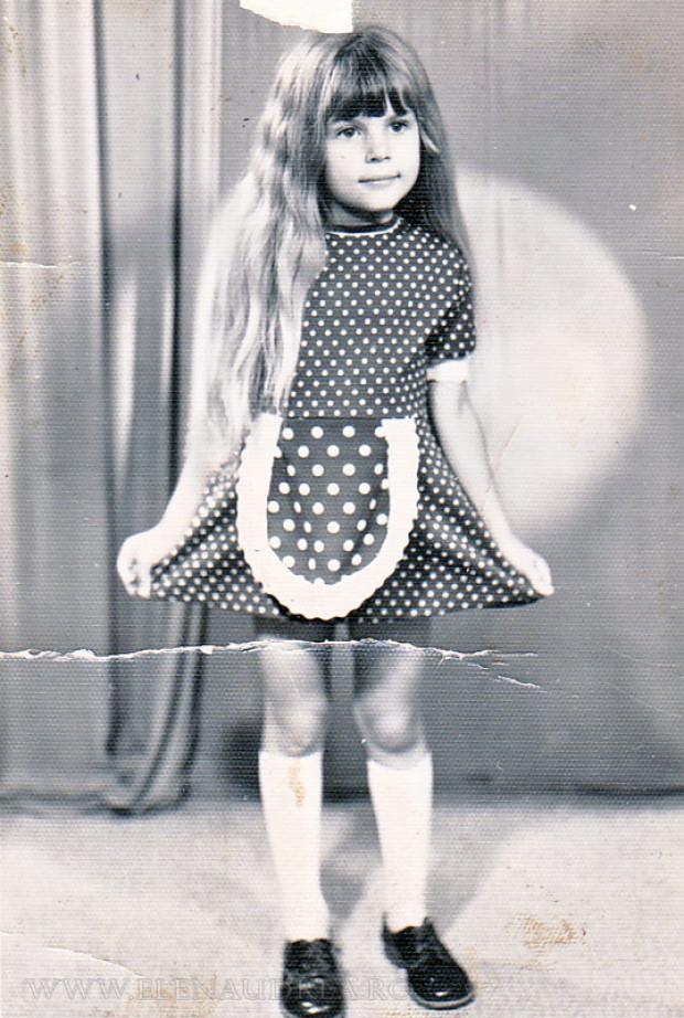Critică de fashion dă oameni cînd erau ei mici