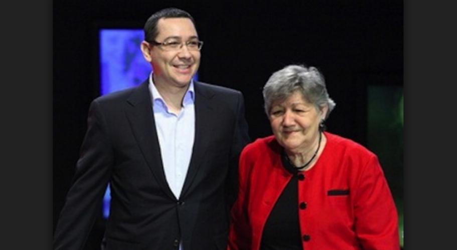 """Mama lui Ponta: """"Când era mic, l-am scăpat în cap"""""""
