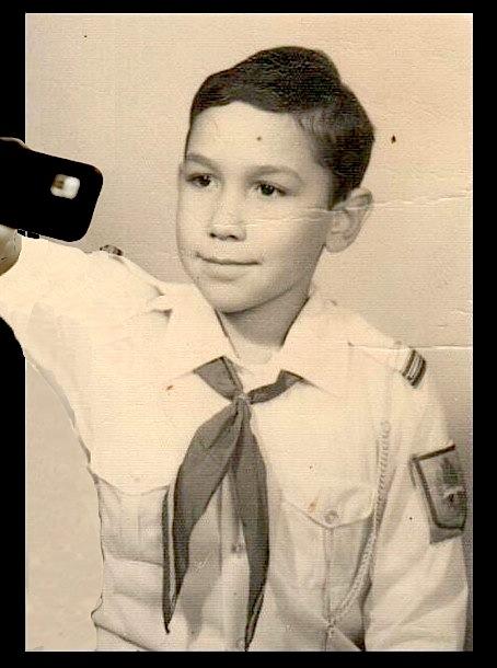 Ghici ce elev a avut telefon cu cameră foto și internet încă din 1984!
