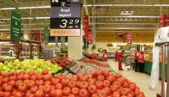 Roșii Turcia, cartofi Austria, usturoi China… La noi mai cresc doar prețurile și prostia lui Daea!