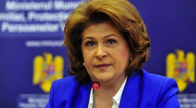 Rovana va fi numită comisar european în Costa Rica, pe postul eliberat de Elena Udrea!