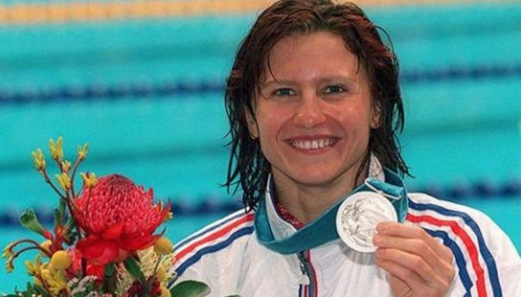 O româncă e ministru al Sporturilor în Franța. În România n-ar fi avut loc, că nu e analfabetă