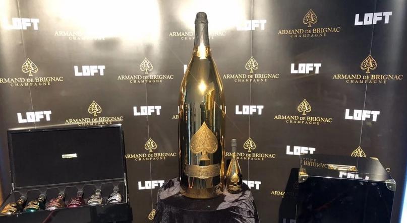 Șampania de 100.000 de euro - ultima fiță la Mamaia. Semințele e din partea casei!