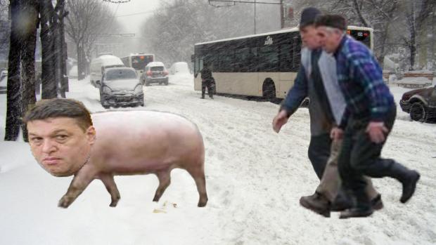 Șerban Nicolae, alergat pe stradă de câțiva cetățeni care credeau că s-a întors Crăciunul!