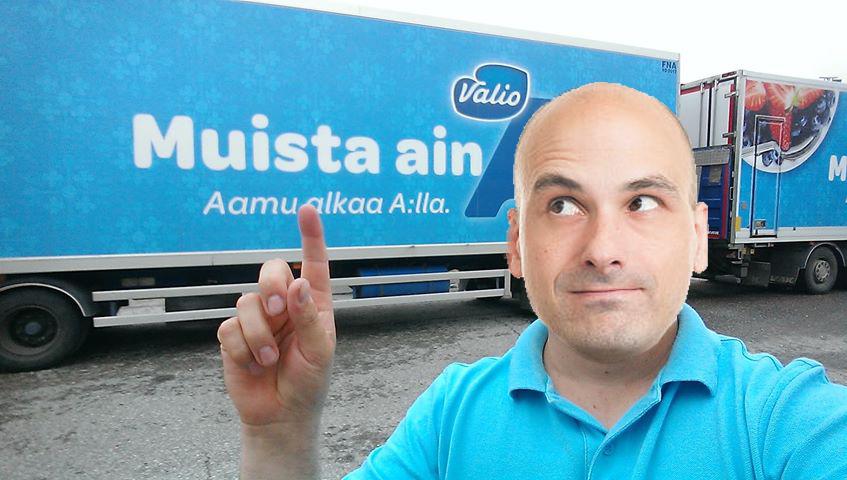 Un șofer român din Finlandanu a fost lăsat să intre în țară din cauza mesajului de pe camion!