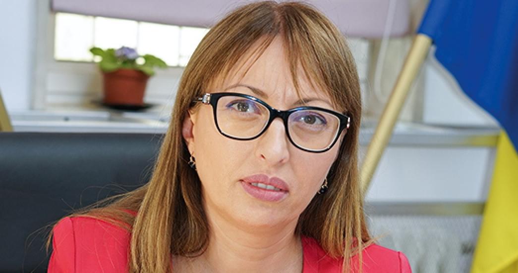 Sora lui Firea e director de cabinet la Garda de Mediu. Dacă nu vă convine în România, plecați!
