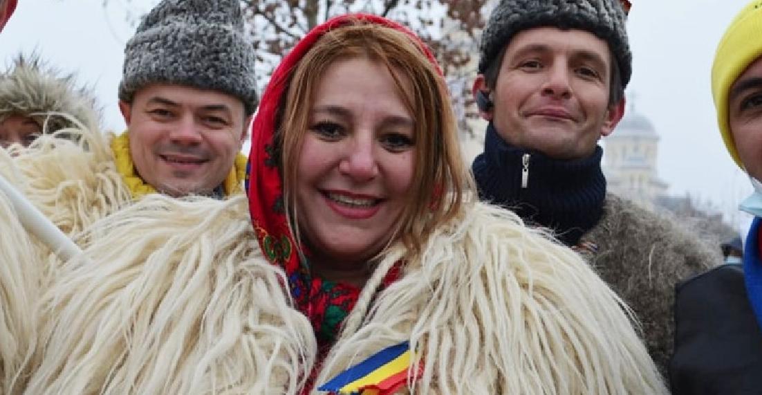 Distinsa senatoare Diana Şoşoacă, doctor de Facebook, va fi numită manager la Spitalul Obregia, ca să nu mai stea atât de mult pe afară!
